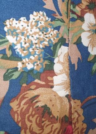 Платье синее принт крупные цветы цветастое3 фото
