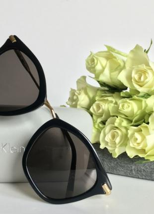 Солнцезащитные очки calvin klein .оригинал2 фото