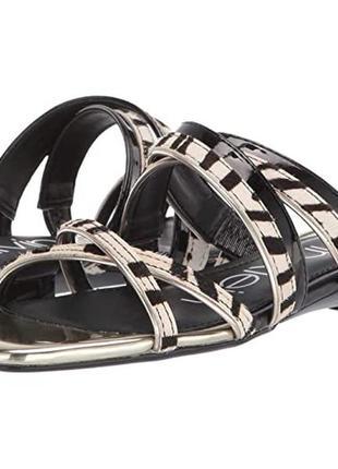 Модные босоножки с принтом зебры от calvin klein!