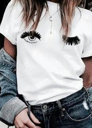 Трендовая футболка с глазами