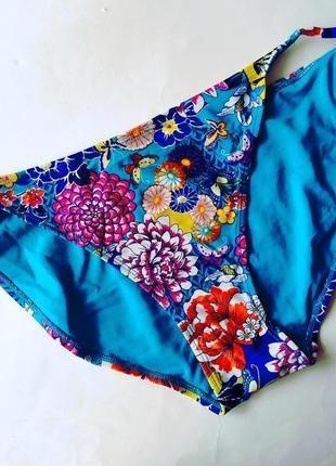 18-20 роскошные яркие цветочные плавки, низ от купальника на завязках