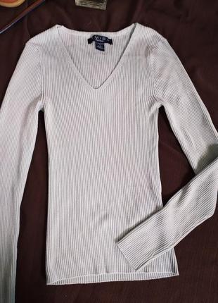 Светло-фисташковий свитер в рубчик
