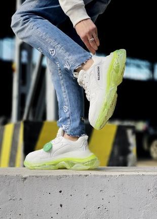 Кроссовки triple s кросівки