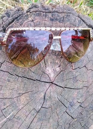 Очки солнцезащитные женские камни