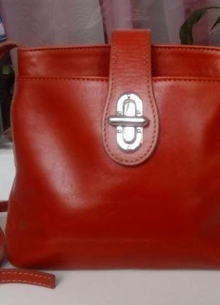 Стильная кожаная сумка vera pelle(italy).