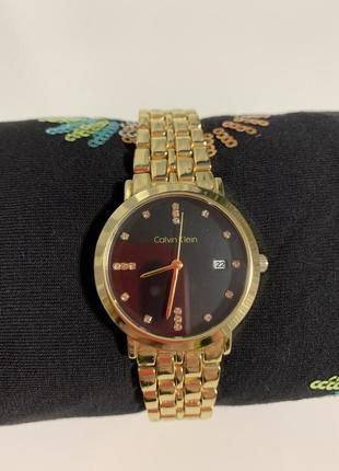 Шикарные часы в стиле сalvin