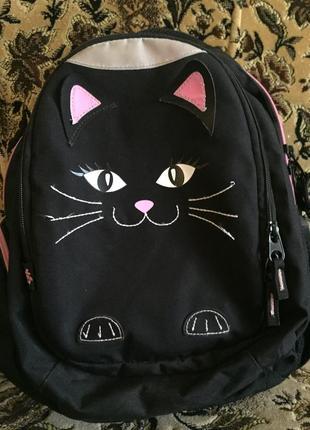 Школьный рюкзак 🎒