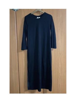 Довга чорна сукня з розрізом divided розмір xs-s