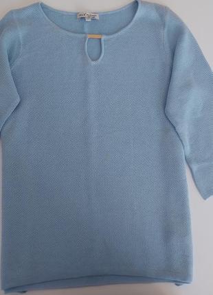 Фирменая кофта свитер блуза нарядная