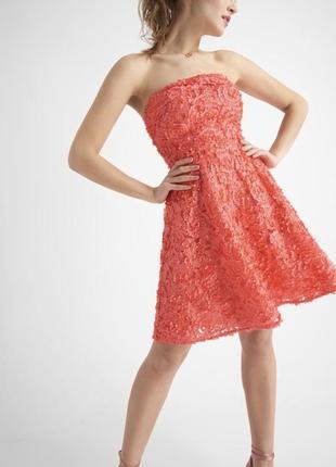 Невероятно стильное платье