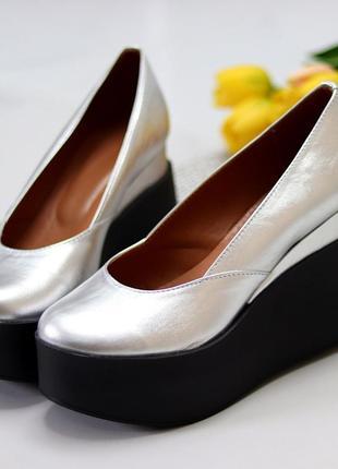 Серебристые туфельки