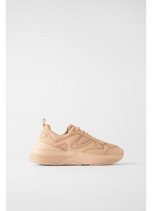 Zara трендовые кроссовки бежевые сникерсы персиковые