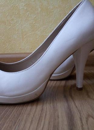 Туфли свадебные белые 41 р.