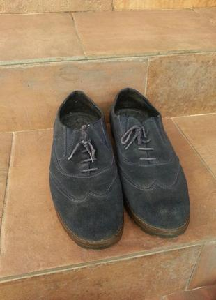 Мужские темно синие туфли из натуральной замшы