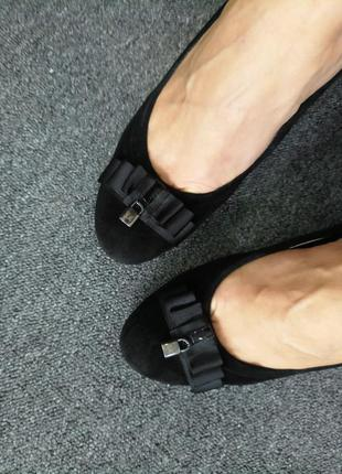 Замшевые туфли luciano carvari 38 р.