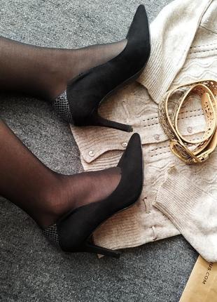Черные классические туфли лодочки с острым носком