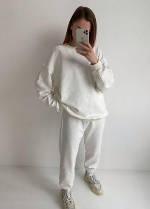 Белый трендовый оверсайз костюм на весну 2021, женский костюм свободного кроя с свитшотом