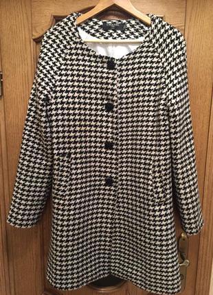 Вишукане і стильне пальто