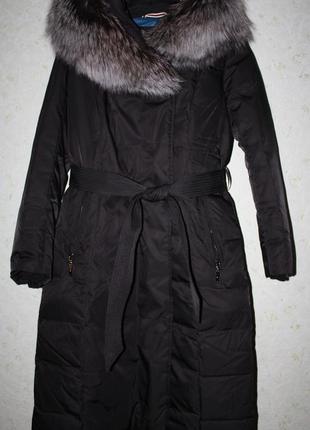 Новое шикарное пуховое пальто