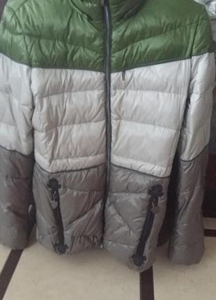 Продам куртку женскую northland