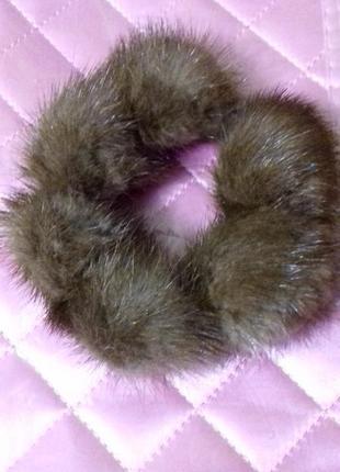 Заколка для волос - резинка с мехом