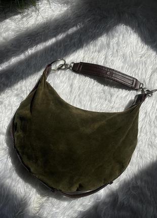 Замшевая сумочка необычной формы2 фото
