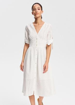 Шикарное белое платье  прошва reserved