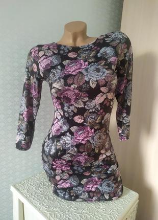 Платье в цветочный принт xs-s