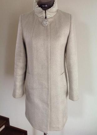 Красивое нарядное пальто. шерсть ткань итальянская елочка. raslov