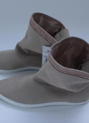 Бежевые замшевые полусапожки ботинки adidas originals adria sup hi sleek 38 размер.