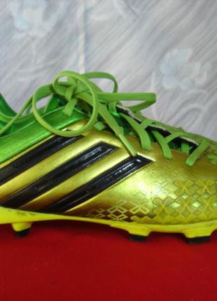 """Футбольные кроссовки с шипами """" adidas """" 39 р indonesia"""