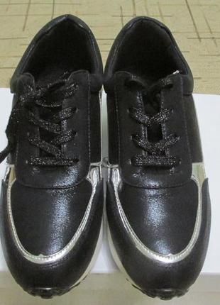Кроссовки на платформе2 фото