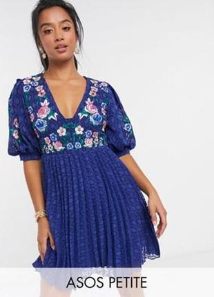 Великолепное платье вышиванка, вышитое платье asos, вышивка в цветы