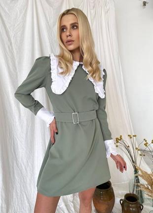 Оливковое платье с воротником
