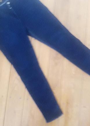 Класнючі брендові джинси високої посадки