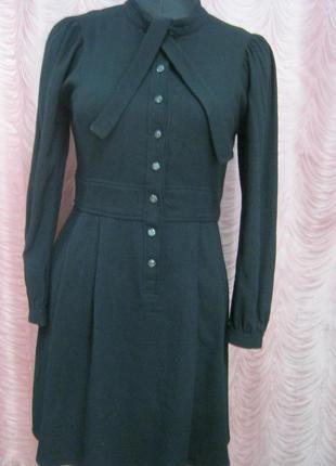 Элегантное черное платье на осень и зиму1