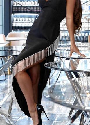 Чёрное миди платье с камнями
