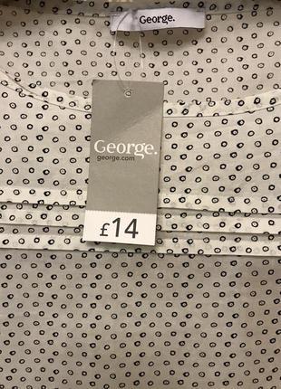 Очень красивая и стильная брендовая блузка..100% коттон.