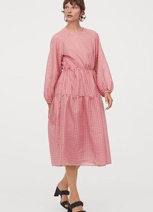 Жаккардовое розовое платье h&m