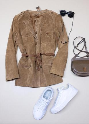 Замшевая куртка карамельного цвета.100% замша