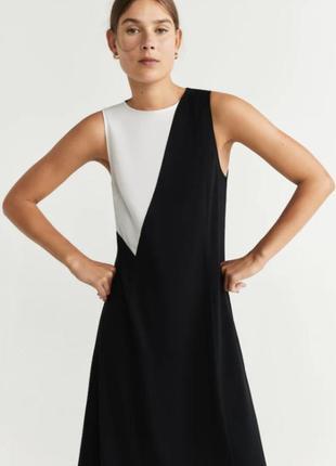 Чорно-біла асиметрична сукня довжини міді, від mango, нова з біркою