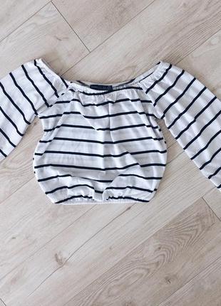 Блуза топ черно белый в полоску с открытыми плечами пышный рукав размер с