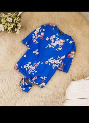 Актуальная легкая вискозная рубашка с завязками впереди
