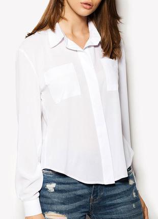 Новая белая блузка cardo из шифона с разрезом сзади и накладными карманами на груди