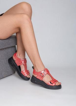 Босоножки женские кожаные на танкетке платформе4 фото