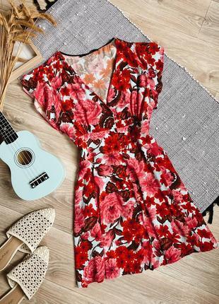 Платье в цветы на пуговицах zara