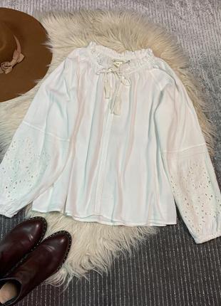 Шикарная блуза-вышитая размер м/l
