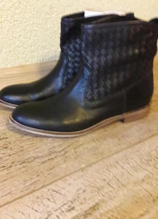 Демисезонные ботинки carlo pazolini