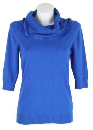 Синий свитер с объёмным воротом