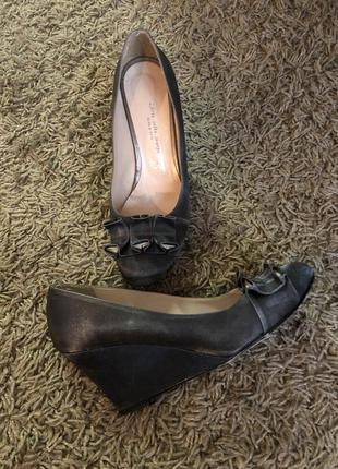Стильне взуття італія роз 39-40